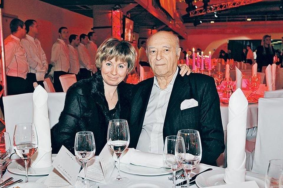 Владимир Абрамович со своей музой - Еленой, которая не только жена, но и главный советчик и помощник.