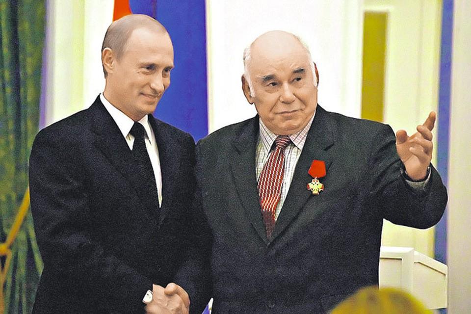 Журналист и президент договорились на юбилее «Комсомолки» вместе хранить русский лес!