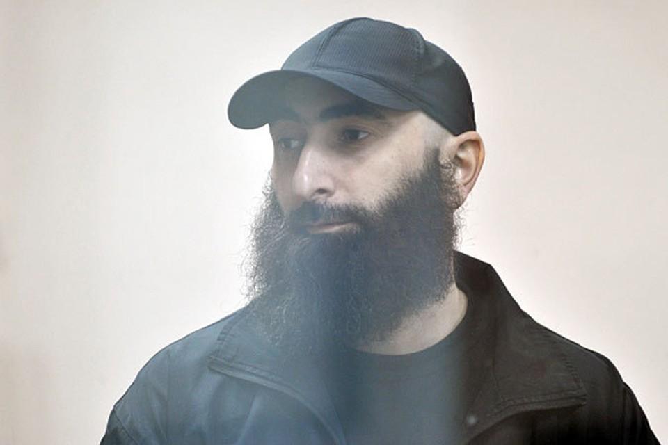 По данным российских спецслужб, Али Тазиев присоединился к боевикам в 2000 году