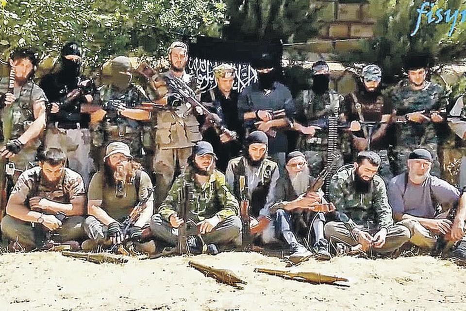 Один из «чеченских джамаатов» в Сирии. Кадр из ролика, рекламирующего джихад.