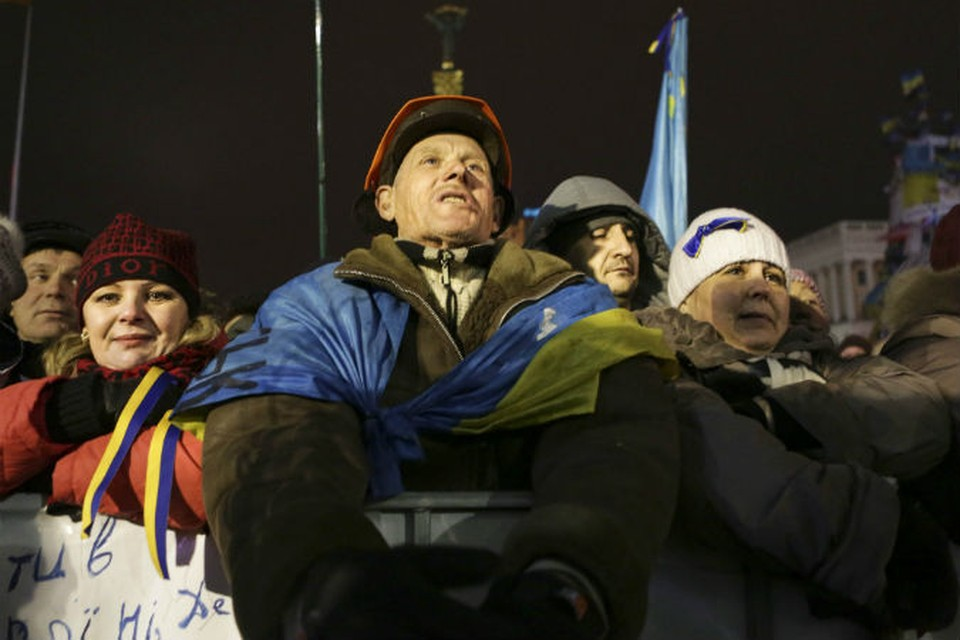 Люди на Майдане опять ничего не поняли. Куда они вступают, когда они расходятся или как долго будут стоять.