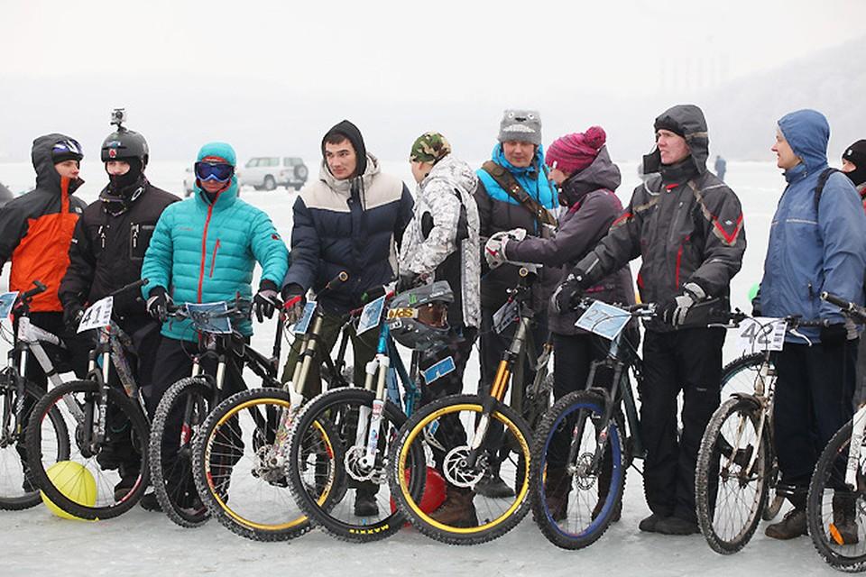 16 февраля на Русском острове прошел первый ледовый веломарафон