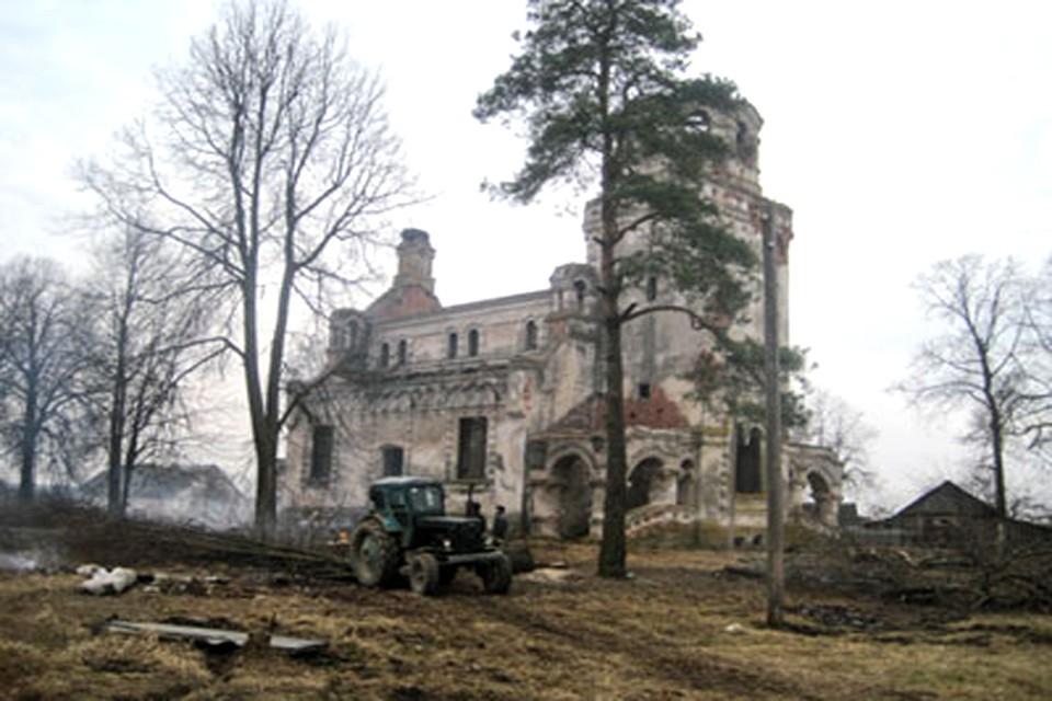 Храм Успения Пресвятой Богородицы в Хиславичском районе
