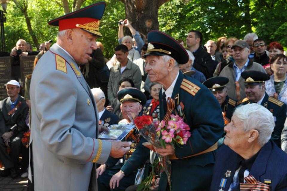 Крымчане от всего сердца поздравляют ветеранов за Победу