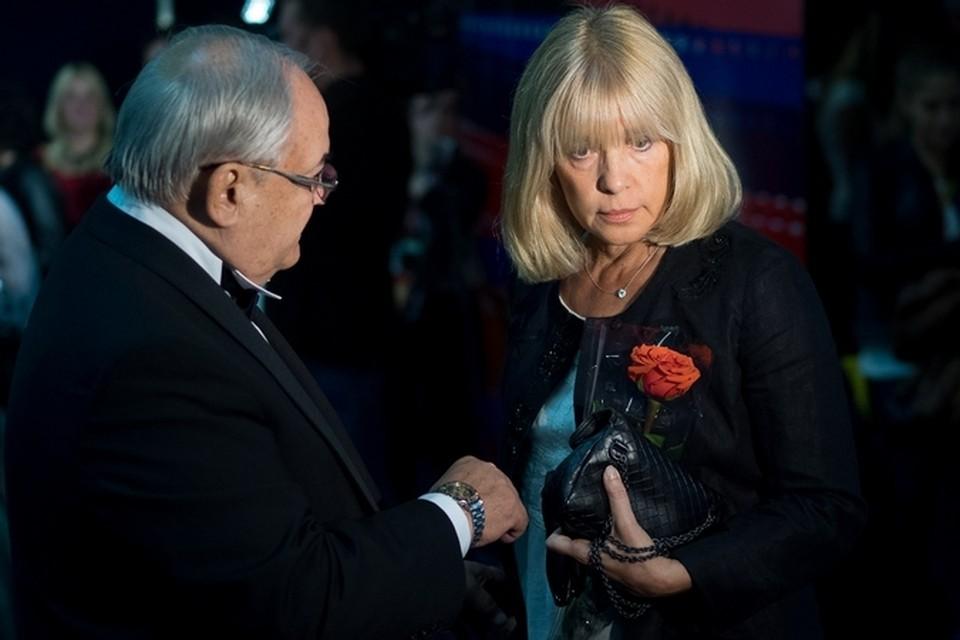 Президент «Золотого Феникса» Всеволод Шиловский и Вера Глаголева перед началом фестиваля.