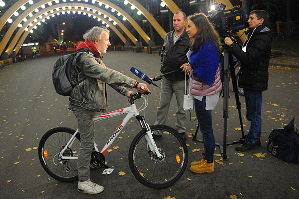 Мешков стал звездой акции «Пушкинская велоночь»