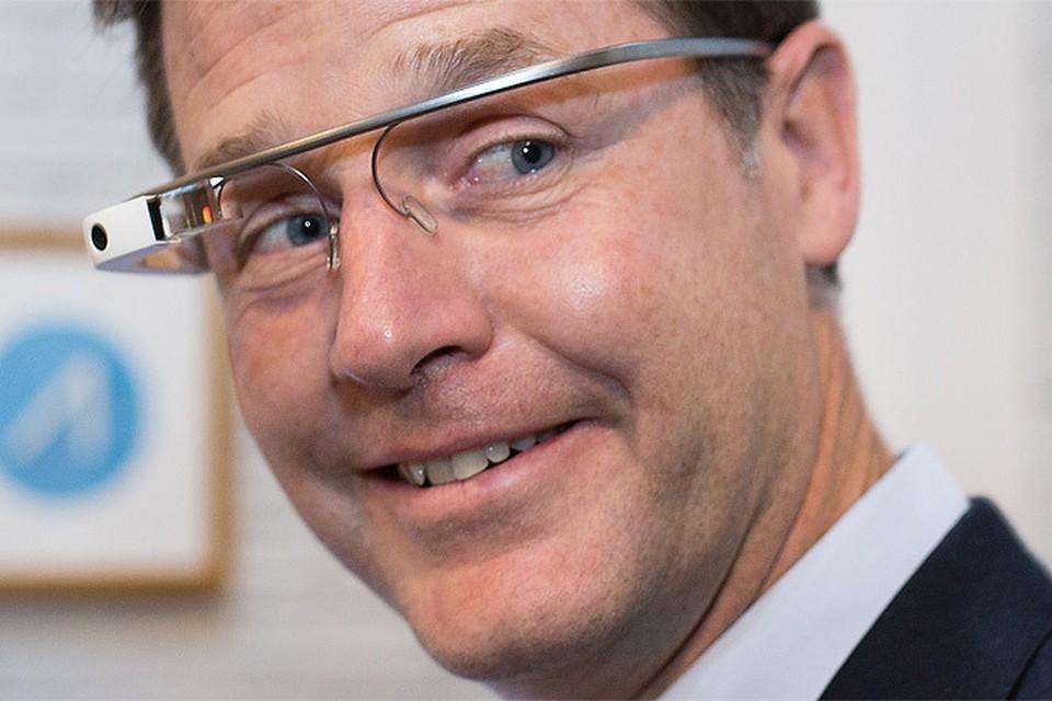 В США зафиксирован первый случай болезненного пристрастия к Google Glass