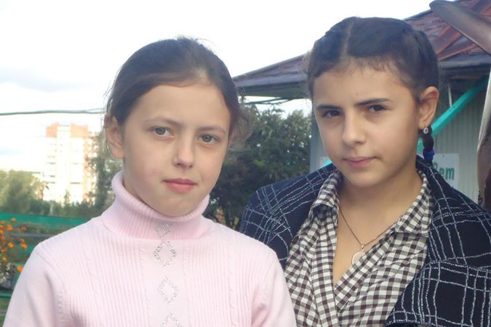Перепутанные в копейском роддоме девочки живут одной семьей