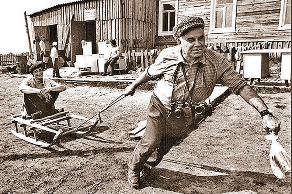 Василий Михайлович тащил на себе рубрику «Окно в природу» больше 40 лет. Фото: архив Василия Пескова.