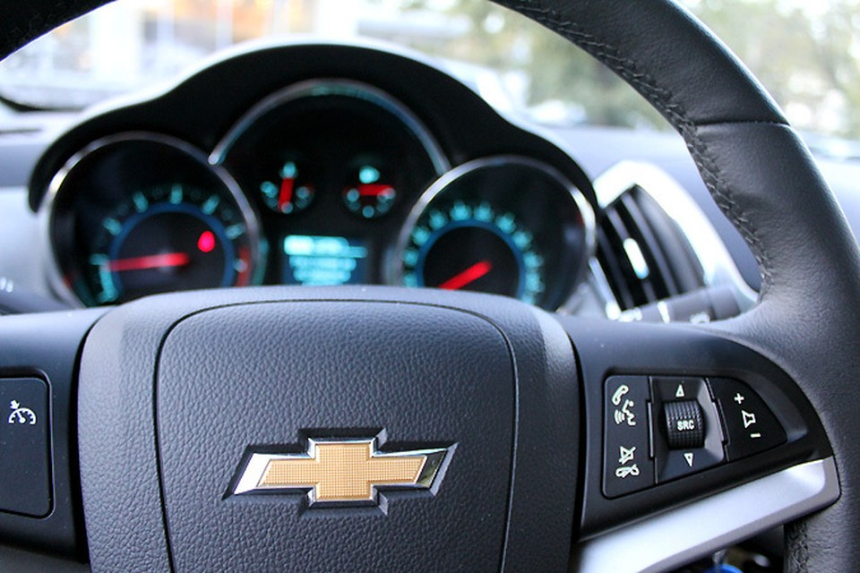 Еще совсем недавно Cruze входил в 10-ку самых продаваемых в России моделей, а марка Chevrolet была одной из самых популярных.