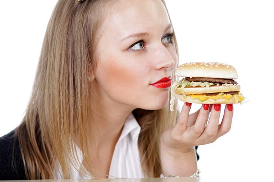 Как выяснилось, пища с высоким содержанием жира подавляет выработку организмом веществ – аминов, задерживающих впитывание липидов