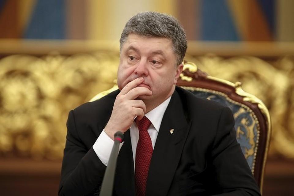 кто был президентом до порошенко необходимо связать