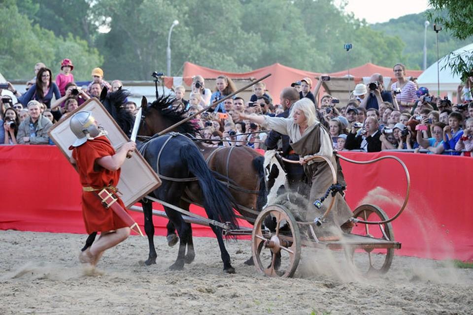 Вот такие римляне - в июне в Москве побывали, в августе в Судаке!