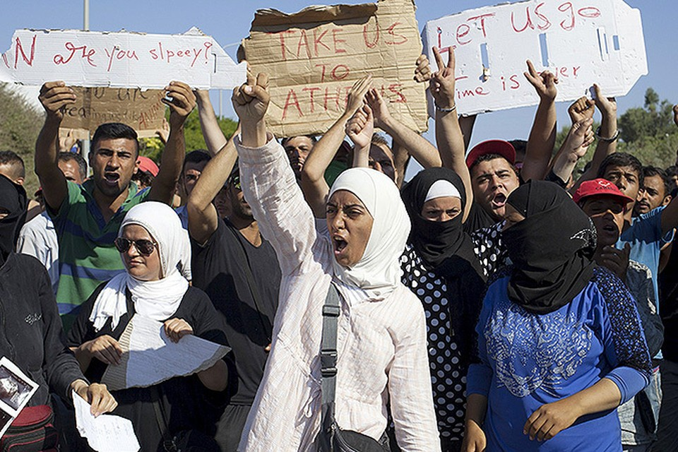 Мигранты ставят Европу на колени