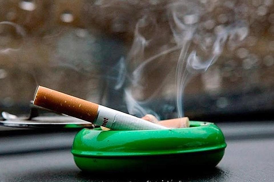 Литовским курильщикам запретят дымить на балконах многокварт.
