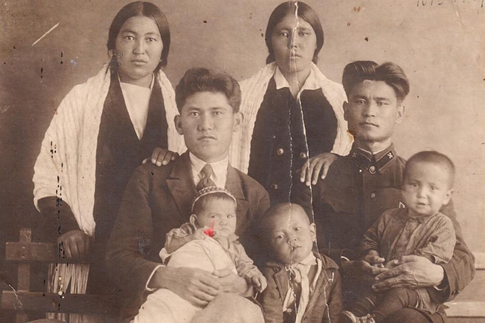 архив семьи курдюковых фото заряжающий пустил