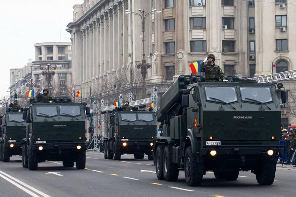 Репетиция военного парада к Национальному дню Румынии (отмечается с 1 декабря). Фото: military-informant.com