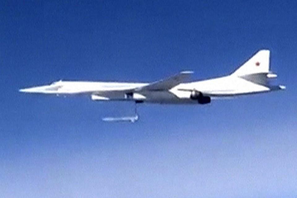 Российские летчики, участвующие в антитеррористической операции в Сирии, ответили исламистам на теракты в Египте и Париже