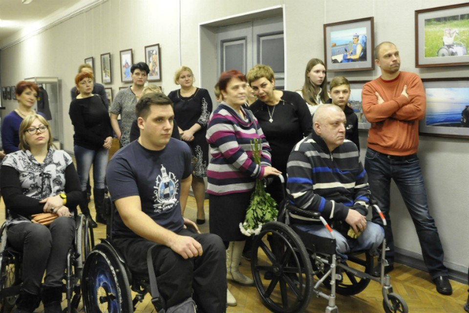 На открытие выставки приехали участники фотопроекта.