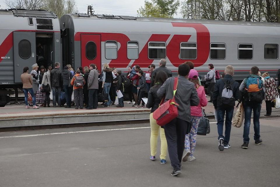 устами сне экскурсия во псков на поезде из спб всё чаще