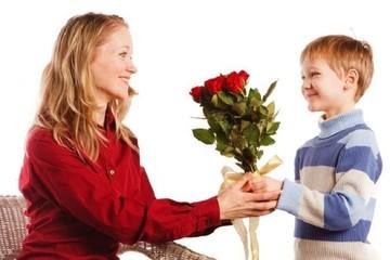 ТОП-5 подарков к 8 Марта, или Как отличиться в женский праздник