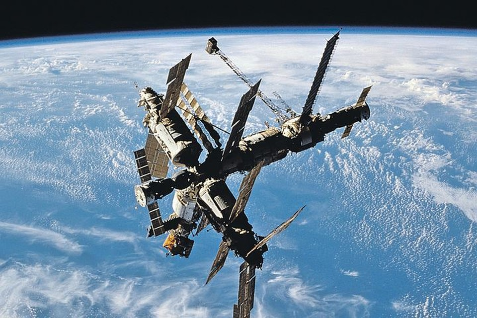Орбитальная станция «Мир» (19.02.1986 - 23.03.2001). Фото: www.wikimedia.org