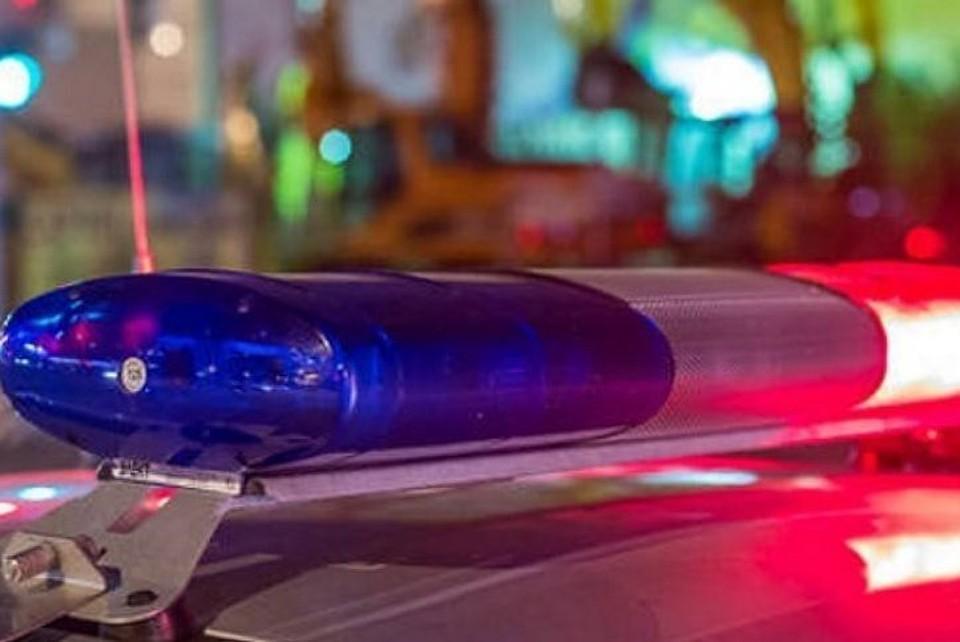 В Североуральске бесправный водитель пытался убежать от полицейских, но съехал в кювет и перевернулся