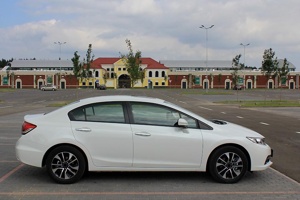 Предложение автомобилей гольф-класса тоже сокращается, импортированных машин на российском рынке почти не осталось.