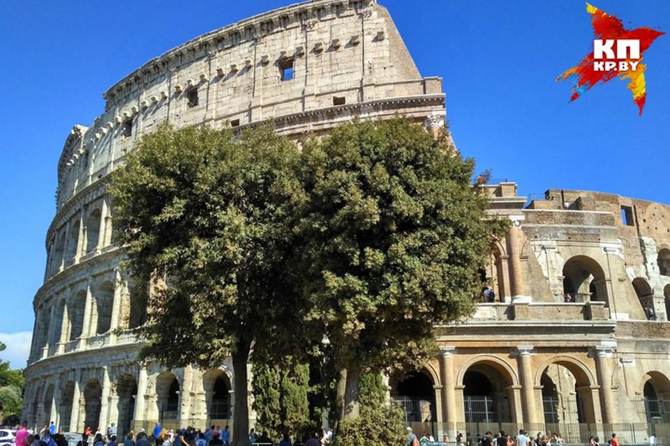 Итальянские каникулы: изумрудное море, арабский квартал с горами мусора и полицейские у Колизея. ФОТО: Дарья РАДЬКОВСКАЯ