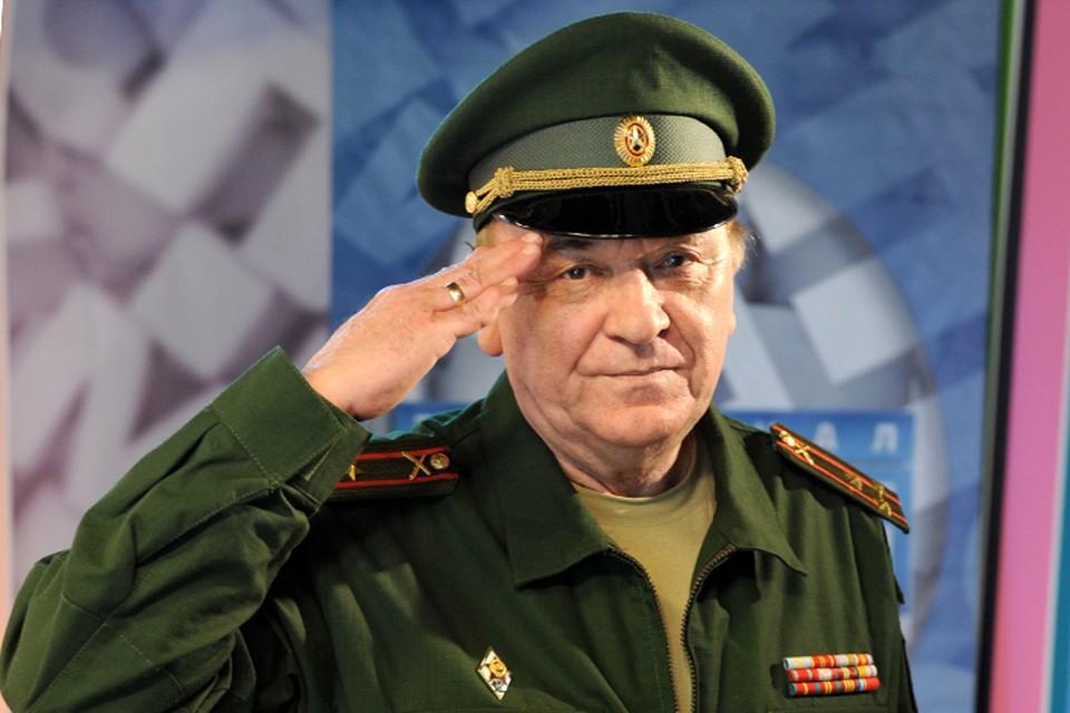 Военный обозреватель, полковник Виктор Баранец