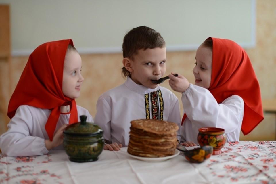 Родителям хочется, чтобы в школе ребенка кормили как дома, буквально из ложечки