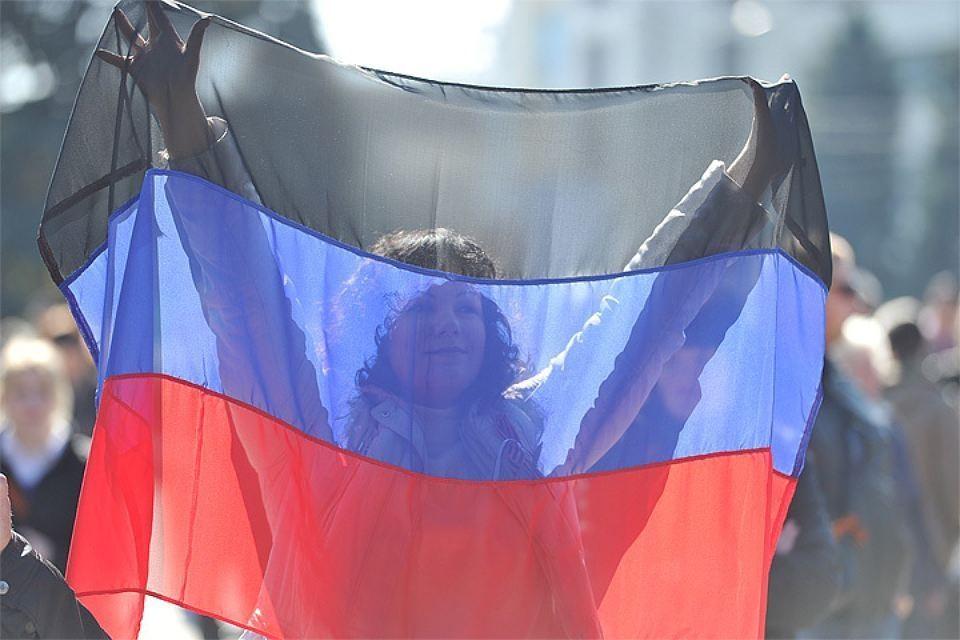 ДНР энергетически независима и в полном объеме обеспечивает население и предприятия электроэнергией, сообщили в министерстве угля и энергетики самопровозглашенной Донецкой народной республики.