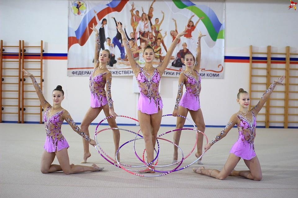 Девушки гимнастки сами у себя фото — pic 10