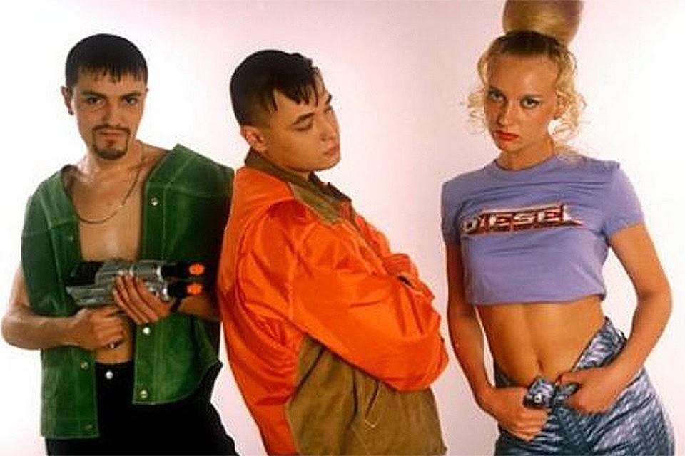 """""""Комсомолка"""" раскрывает судьба героев дискотек 90-х"""