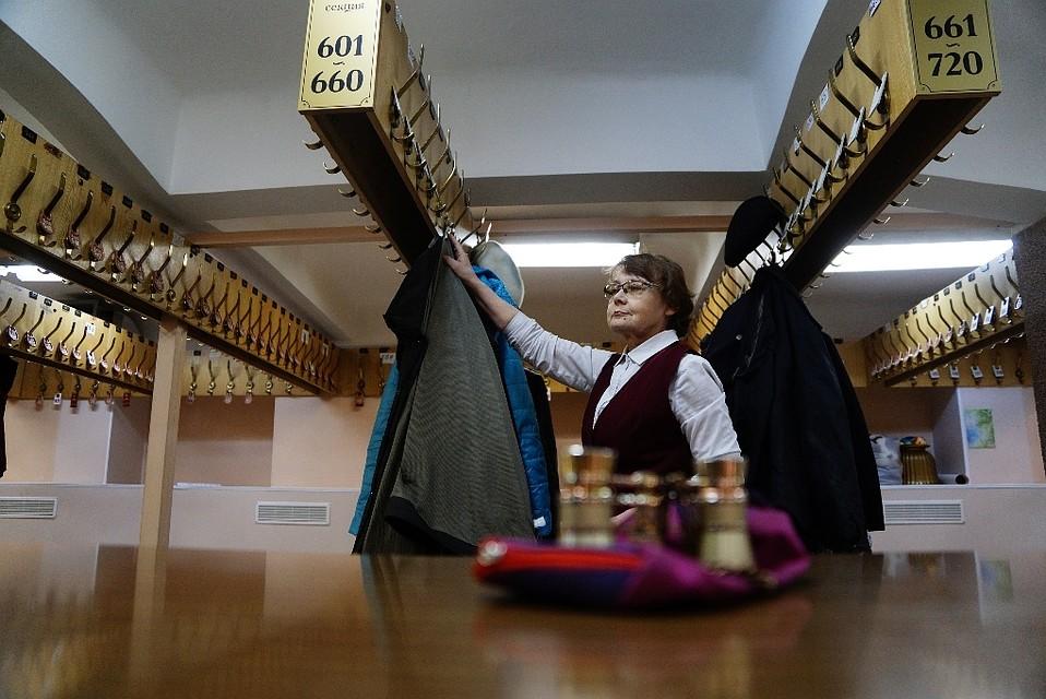 Работа в новосибирске контролер в театре