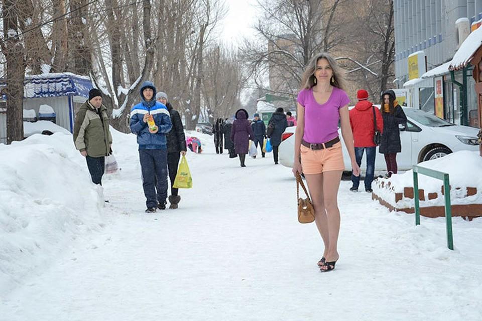 Увидев на улице Галину Кутереву, прохожие застывают в изумлении.