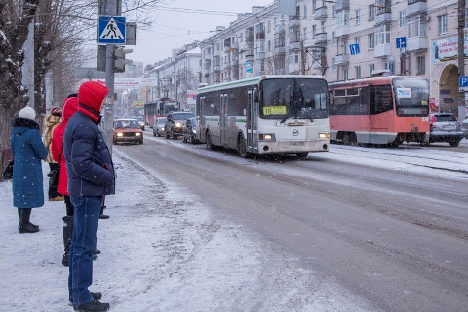 Безопасность водителей и пешеходов - главная задача городского департамента дорог и транспорта.