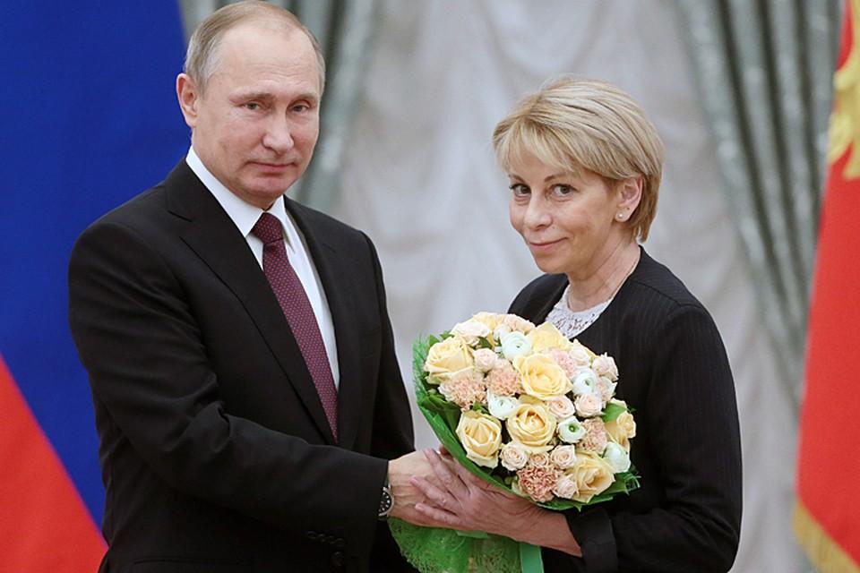 Тогда на приеме в Кремле Елизавета Петровна сообщила, что скоро летит в Сирию для оказания гуманитарной помощи. Фото: Михаил Метцель/ТАСС