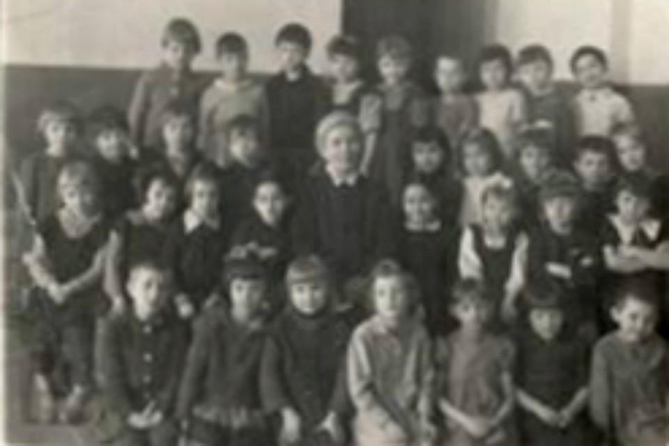 1948-ой, третий класс. Фото: Предоставлено школой №356