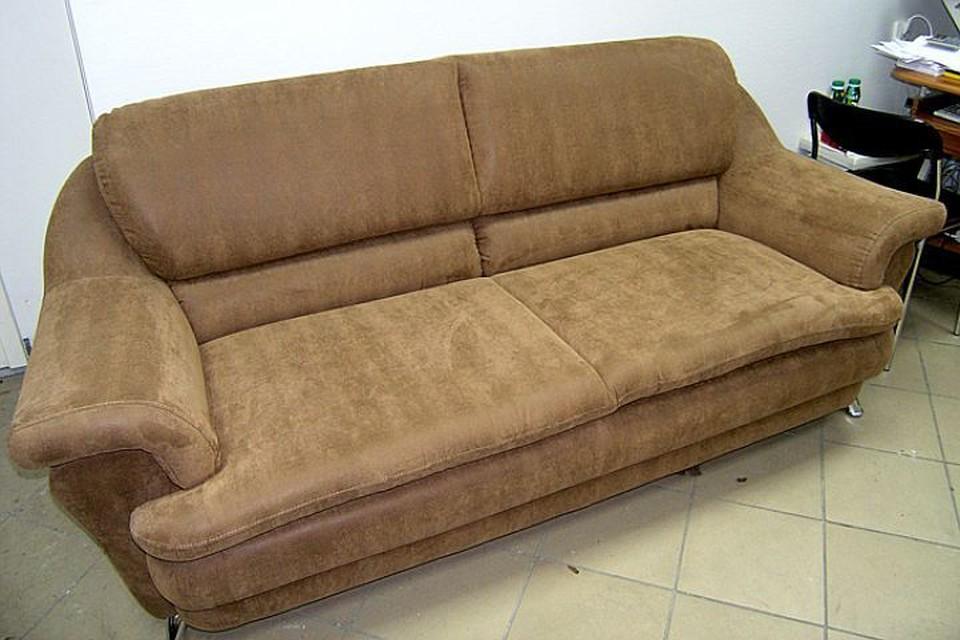 Сколько труп пролежал в диване, установят эксперты