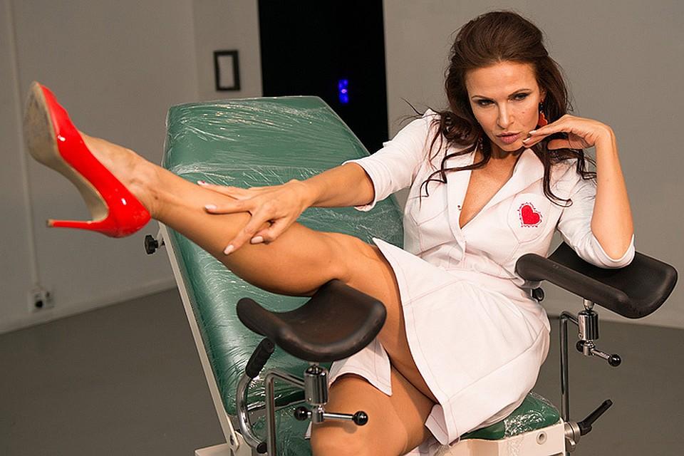 Раздвигают ноги перед гинекологом фото, молодая латиночка секс онлайн