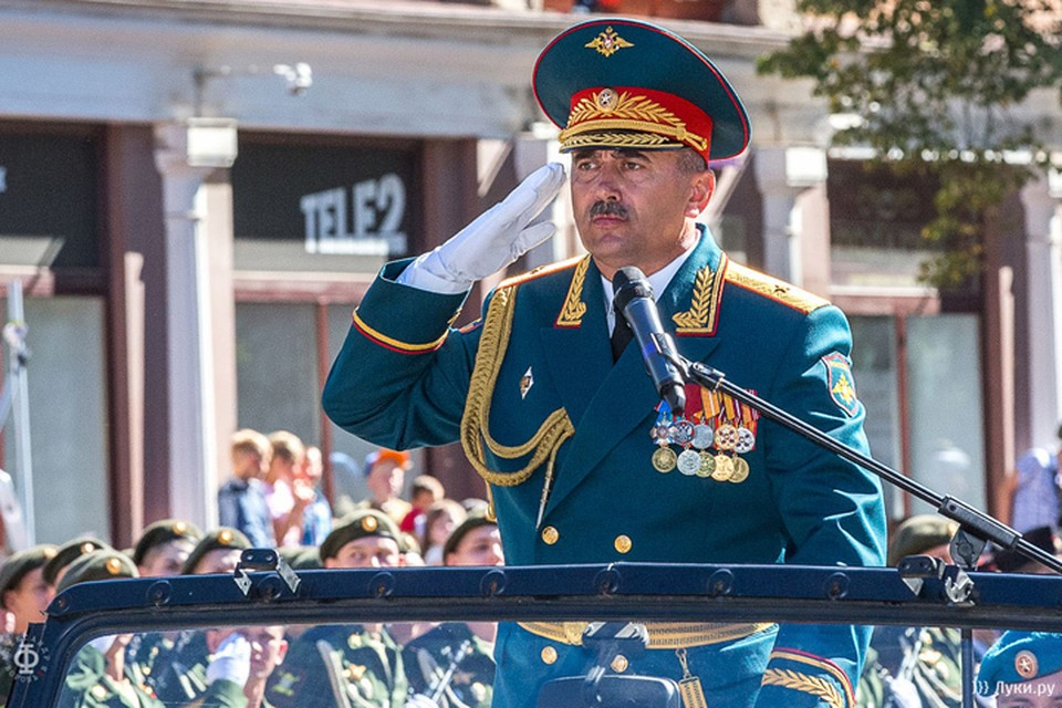 Генерал-майор Петр Милюхин сейчас находится в реанимации Фото: luki.ru