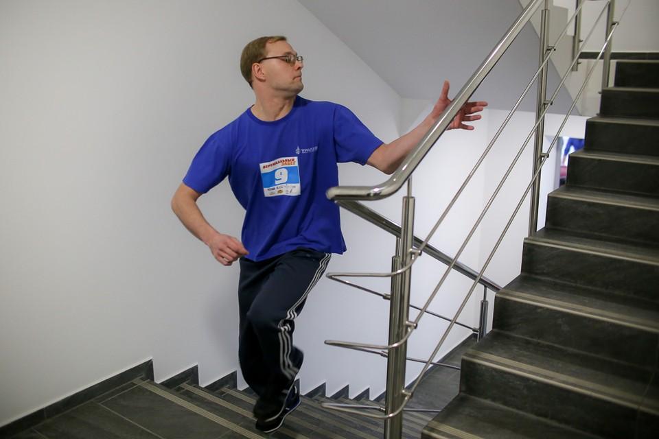 В Челябинске прошел забег на 27-й этаж