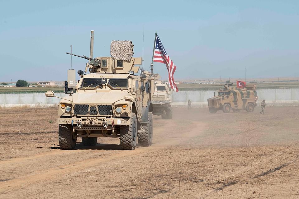 В США опровергли информацию о выводе всех своих войск из Сирии