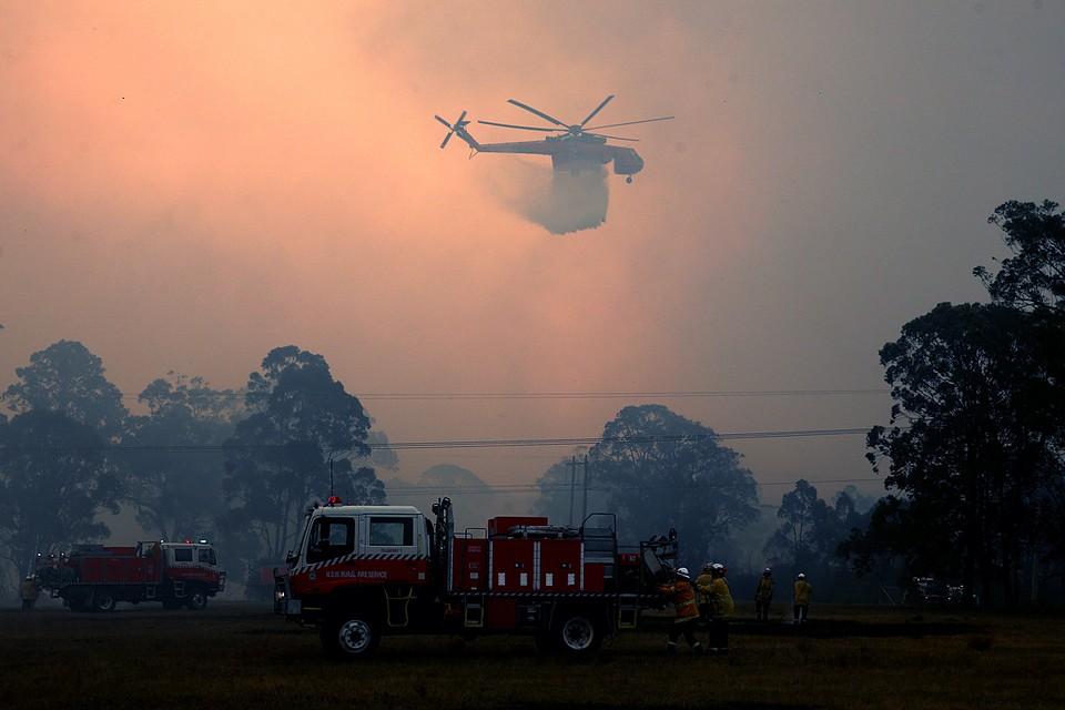 В Австралии из-за сильной засухи второй месяц не прекращаются крупные лесные пожары