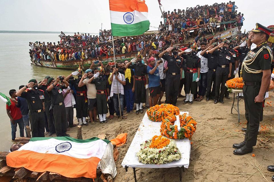 В Индии прошли похороны солдат, погибших в ходе столкновения с китайскими военнослужащими