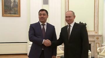 Путин на встрече с президентом Киргизии выразил надежду на нормализацию внутриполитической ситуации в республике