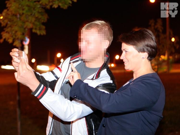 К постоянным сэлфи с молодыми избирателями Татьяна уже привыкла.
