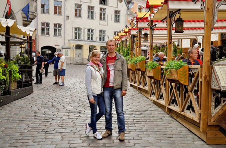 Светлана и Михаил Крыловы на фотографиях всегда улыбались. Фото: соцсети