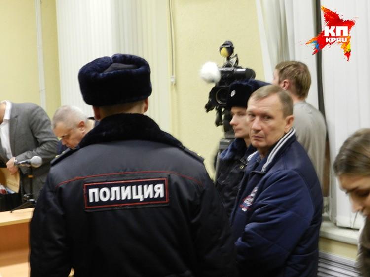 Николая Денина уводят после оглашения приговора. Фото: Марина Гусева.